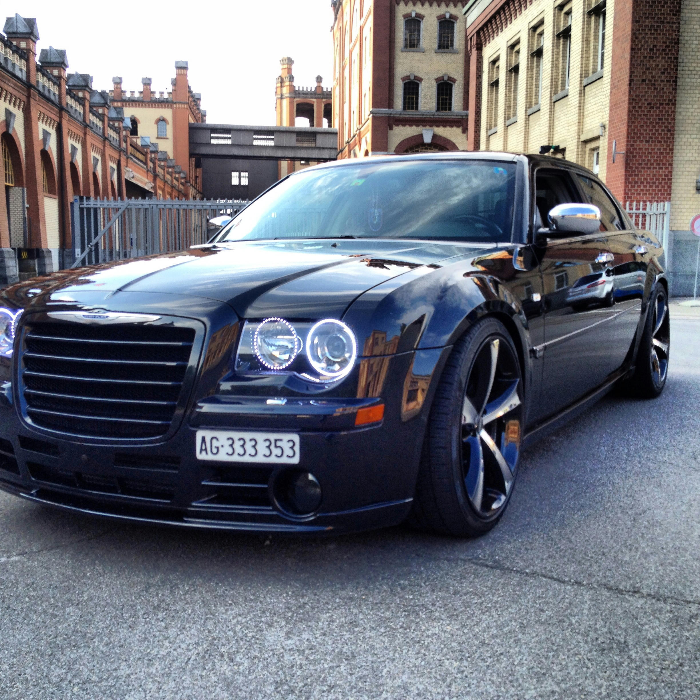 Chrysler 300c Forum 300c: Lets See Your 300c (photos Please)