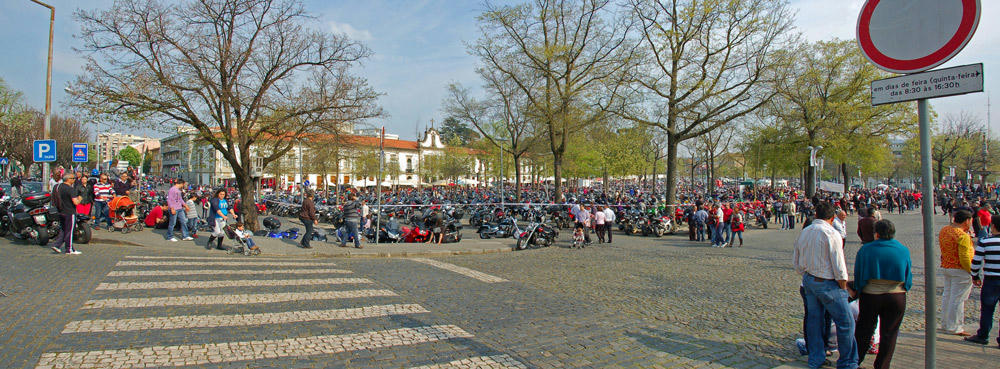 Crónica Dia do Motociclista- 1 Abril Barcelos - Página 2 Mi56p1p69plrfwa6g