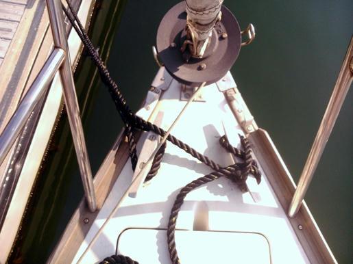 Un pequeño velero que quiere navegar N24f0286v98mktt4g