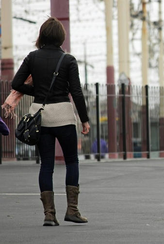 Joven estudiante fue raptada en el metro y llevada a la casa de su secuestrador donde la violaron antes de liberarla