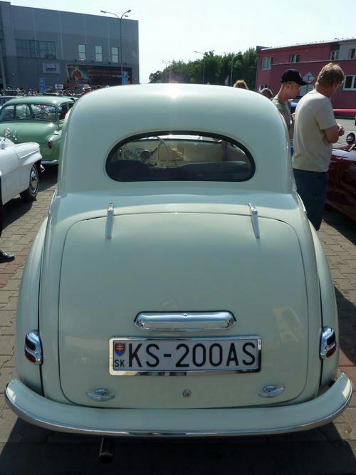 Škoda 1100-938 Tudor
