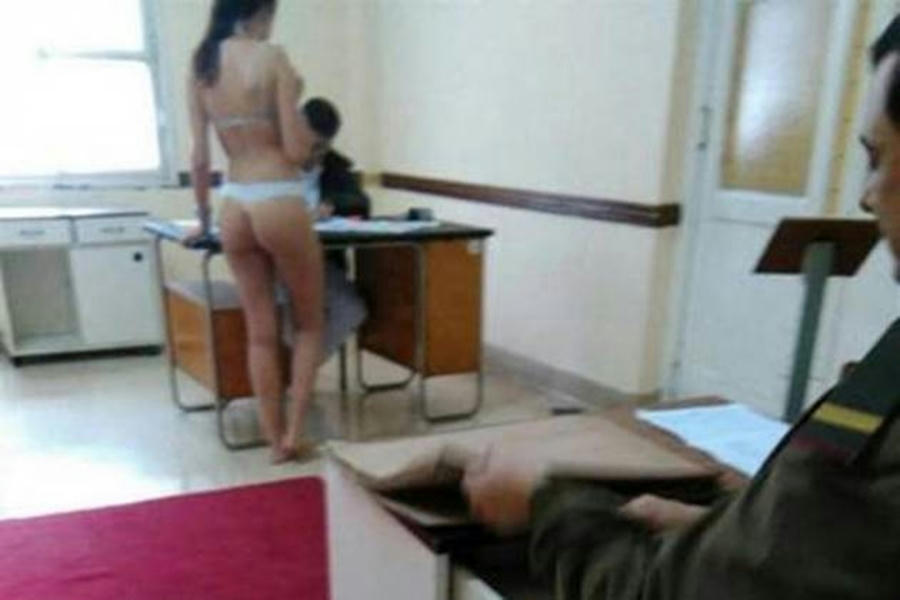Filtran fotos de mujeres aspirantes al ejército semidesnudas en revisión médica