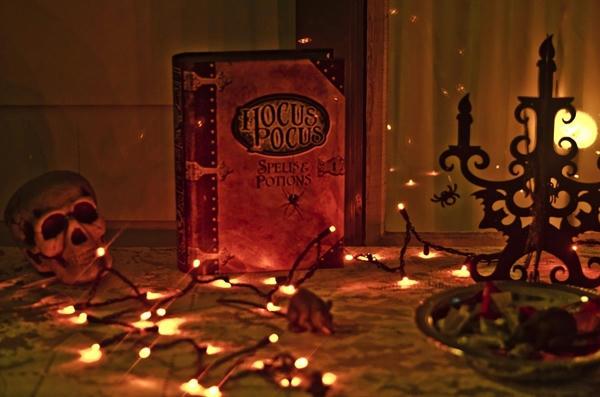 Abuso sexual en grupo a mujeres Por arte de magia