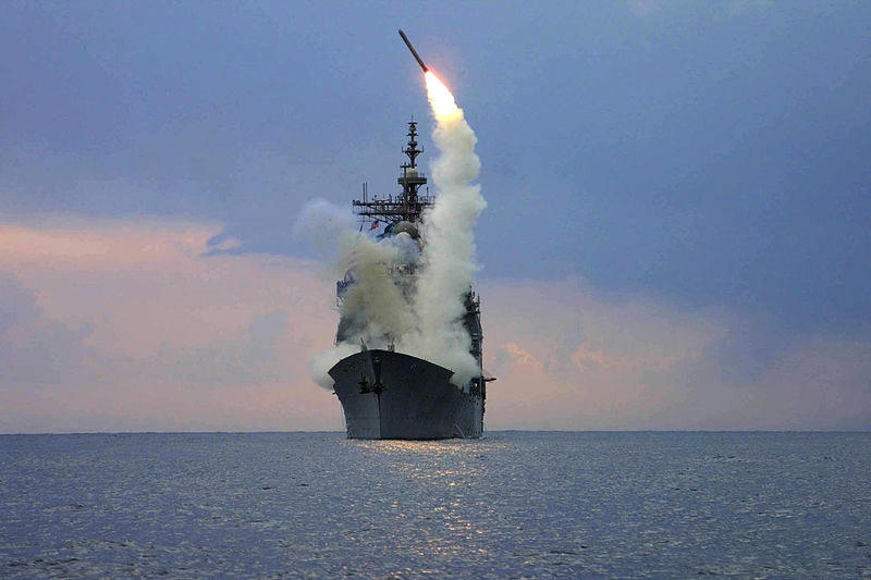 Trump desata la locura sobre Siria y lanza decenas de misiles
