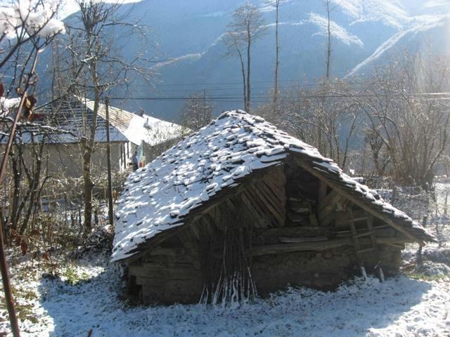 برف پاییزی در برسه