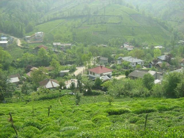روستای زیبای پلتان در فصل بهار