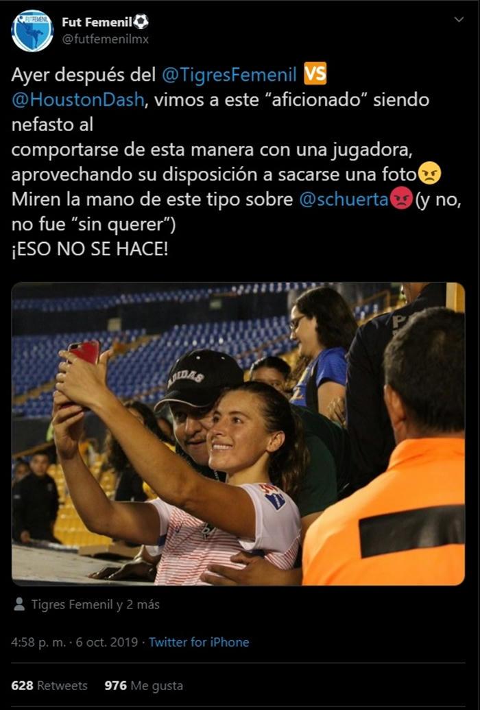La joven deportista fue víctima del toqueteo de uno de sus senos mientras posaba para selfies tras el partido
