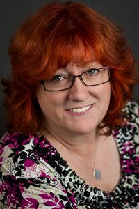 Clare Lond Author pic