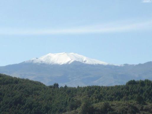 Volcán Puracé visto desde Popayán