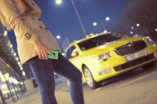 Los-taxis-del-futuro-pueden-no-necesitar-de-un-conductor