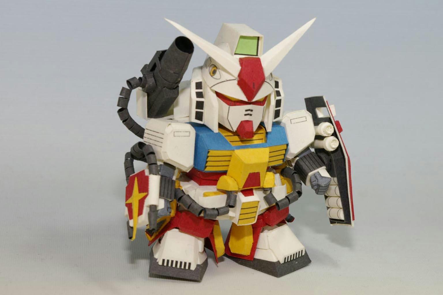 โมเดลกระดาษ Perfect Gundam