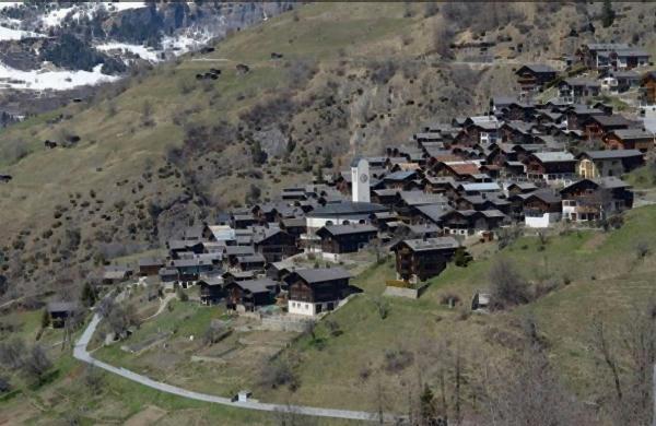 Albinen el bucólico pueblo suizo que te paga por mudarte allá