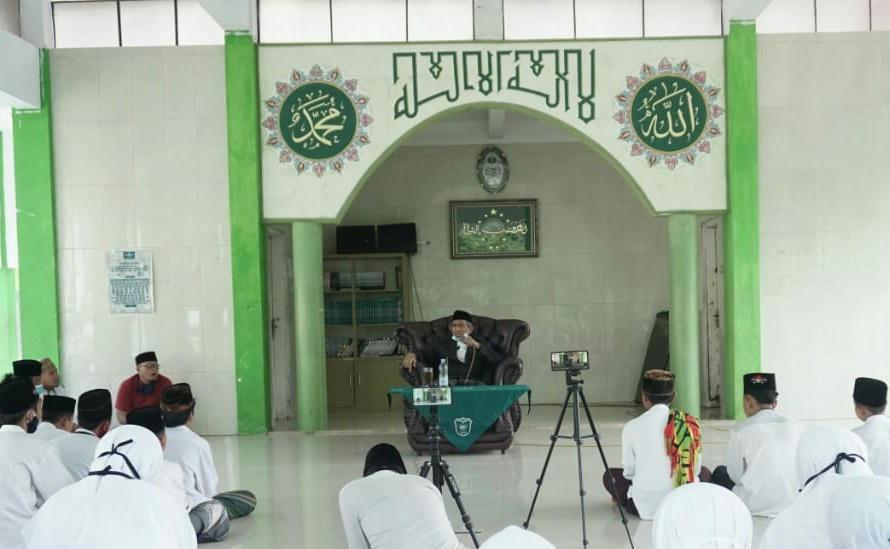 Berkah, Program Tahfizul Qur'an Ponpes Al-Hikmah Mugarsari Dikukuhkan KH. Dr. Ahsin Sakho Muhammad, MA