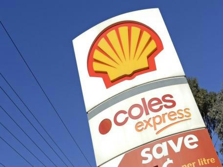 How to Get Free Milk and Bread at Coles and Woolworths Petrol Stations