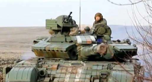 Según-el-Presidente-de-Ucrania,-Petro-Poroshenko,-sus-tropas-se-están-retirando-de-la-ciudad-de-Debáltsevo,-ahora-en-manos-de-los-separatistas-prorrusos