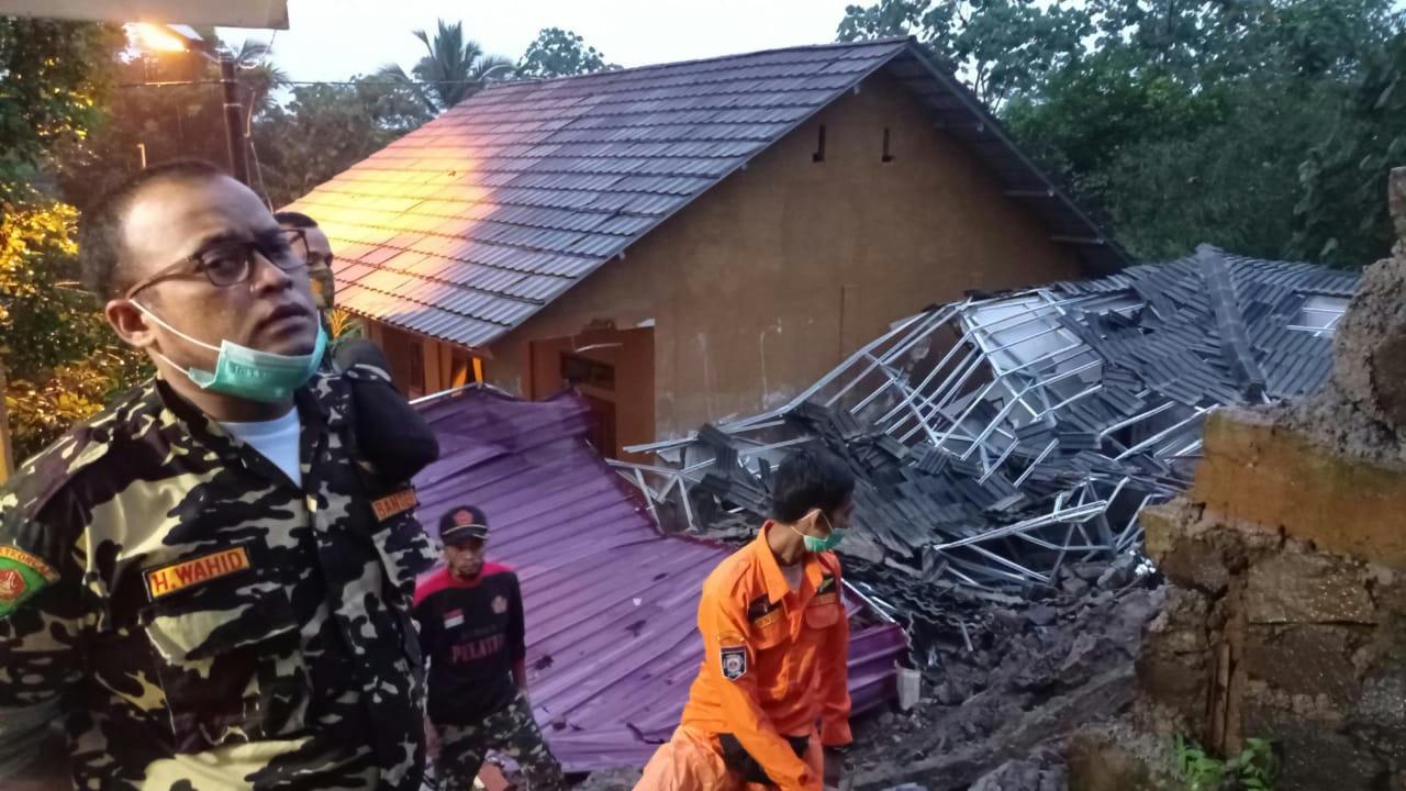 Kelurahan Setiamulya Longsor, Banser Tanggap Bencana Dikerahkan