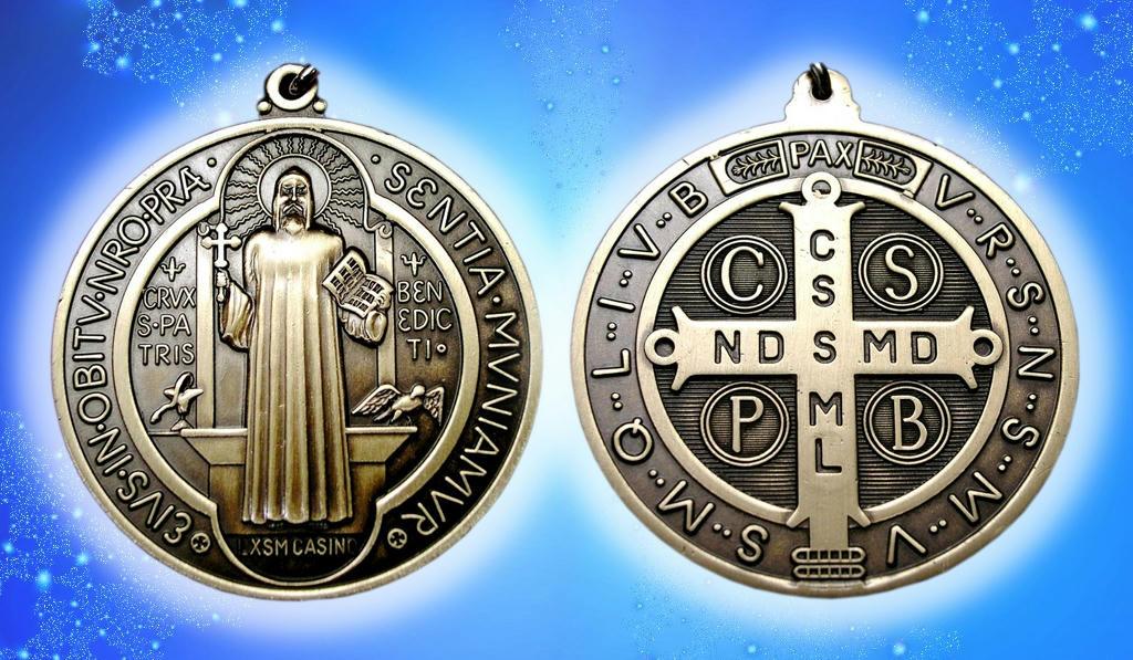 medalla de San Benito - cabecera