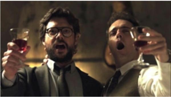 Con un poderoso acento justiciero y rebelde, la canción popular italiana nos habla con los ecos de largos años trascurridos