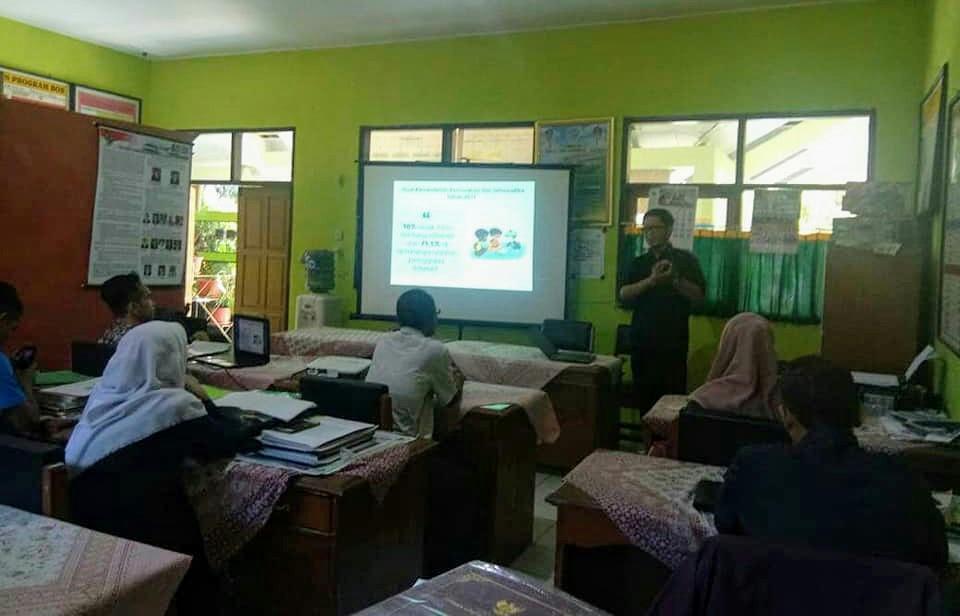 Peduli Pendidikan Anak Berbasis Teknologi, Sahabat Ritel Gandeng Rumah Juara Indonesia