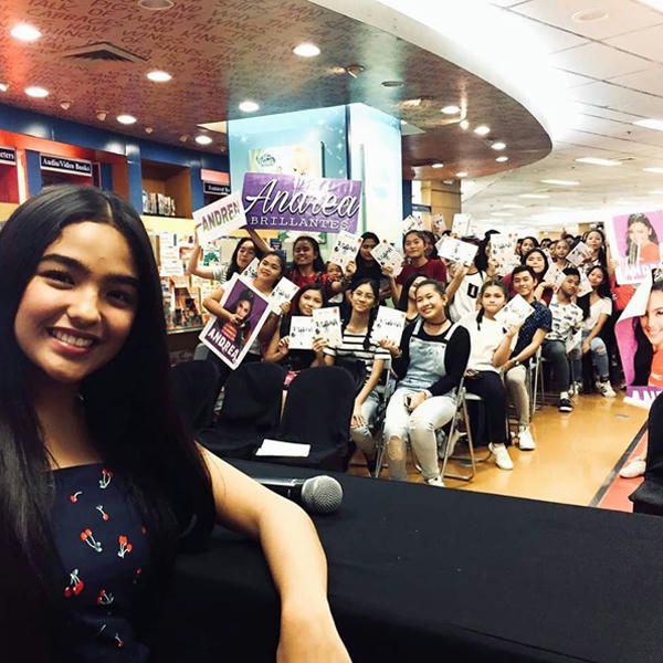 """Sugar & Spice"" by BFF5 book signing event at TriNoma"