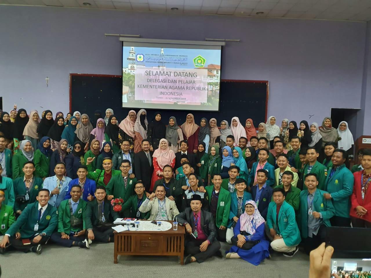 Mahasiswa PTKIN Kampanyekan Moderasi Beragama di KUIS Malaysia